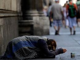 Hàng triệu người Italia túng quẫn vì nghèo đói