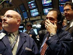 Hầu hết chứng khoán Mỹ giảm do lo ngại Fed giảm kích thích