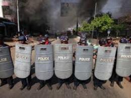 Bạo loạn bùng phát ở Đông Bắc Myanmar