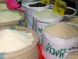 Thái Lan chưa thể xả kho dự trữ gạo khổng lồ