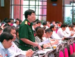 Đại biểu Quốc hội tán thành lộ trình giảm thuế TNDN xuống 20% từ 2016