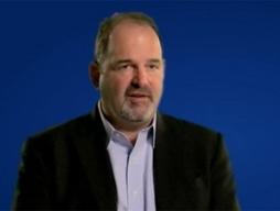 Giám đốc thông tin của Microsoft bất ngờ từ chức