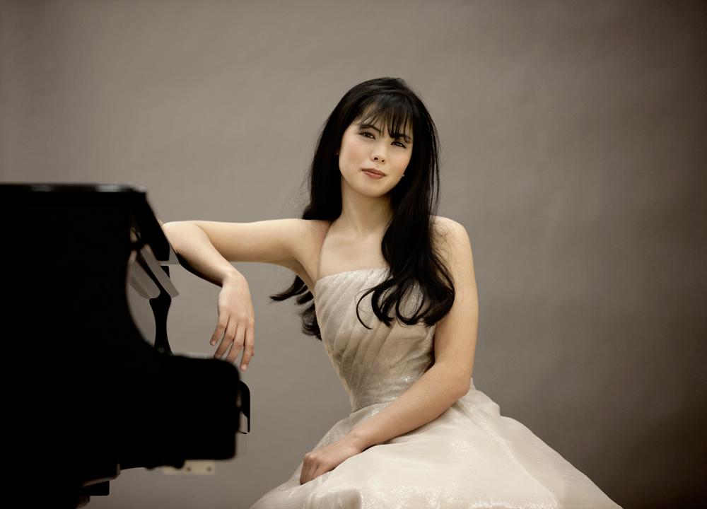Nữ nghệ sĩ dương cầm Mona Asuka Ott sẽ biểu diễn tại Hà Nội