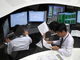 Chứng khoán châu Á hồi phục từ mức thấp nhất 3 tuần