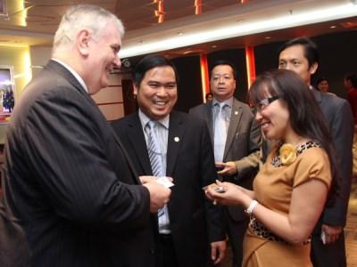 HDBank ký kết hợp tác với Manulife Việt Nam