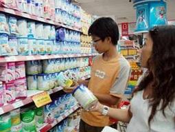 Giá sữa tăng 5 lần trong 6 tháng