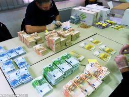 Lượng tiền mặt của doanh nghiệp châu Âu lên kỷ lục 1.000 tỷ USD