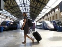 Giao thông Pháp hỗn loạn do tổng đình công hàng không, đường sắt