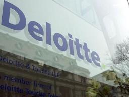 Deloitte bị phạt 10 triệu USD vì dính đến rửa tiền tại Standard Chartered