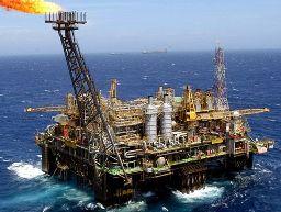 Mỹ xem xét tăng xuất khẩu dầu lần đầu tiên trong gần 40 năm qua