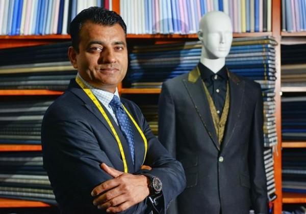 Hơn 100 nghìn đô một bộ suit quý ông