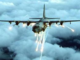 Ngoại trưởng Mỹ kêu gọi không kích Syria