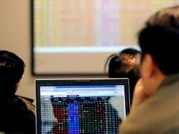 VN-Index tăng trở lại, lên sát mốc 500 điểm
