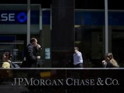 Các ngân hàng lớn nhất Mỹ có thể phải tăng gấp đôi tỷ lệ an toàn vốn