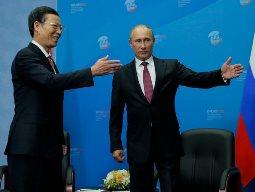 Nga, Trung Quốc ký hợp đồng cung cấp dầu 270 tỷ USD