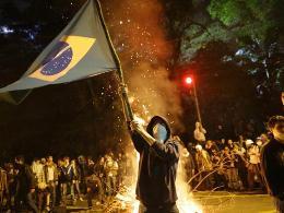 Nội các Brazil họp khẩn cấp vì biểu tình