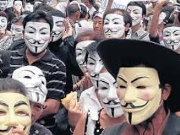 Biểu tình mặt nạ trắng tiếp diễn ở Thái Lan