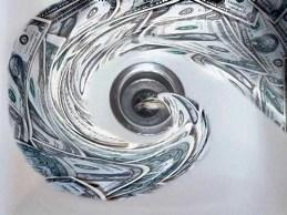 BIS: Mỹ, Nhật Bản có nguy cơ rơi vào vòng xoáy nợ công