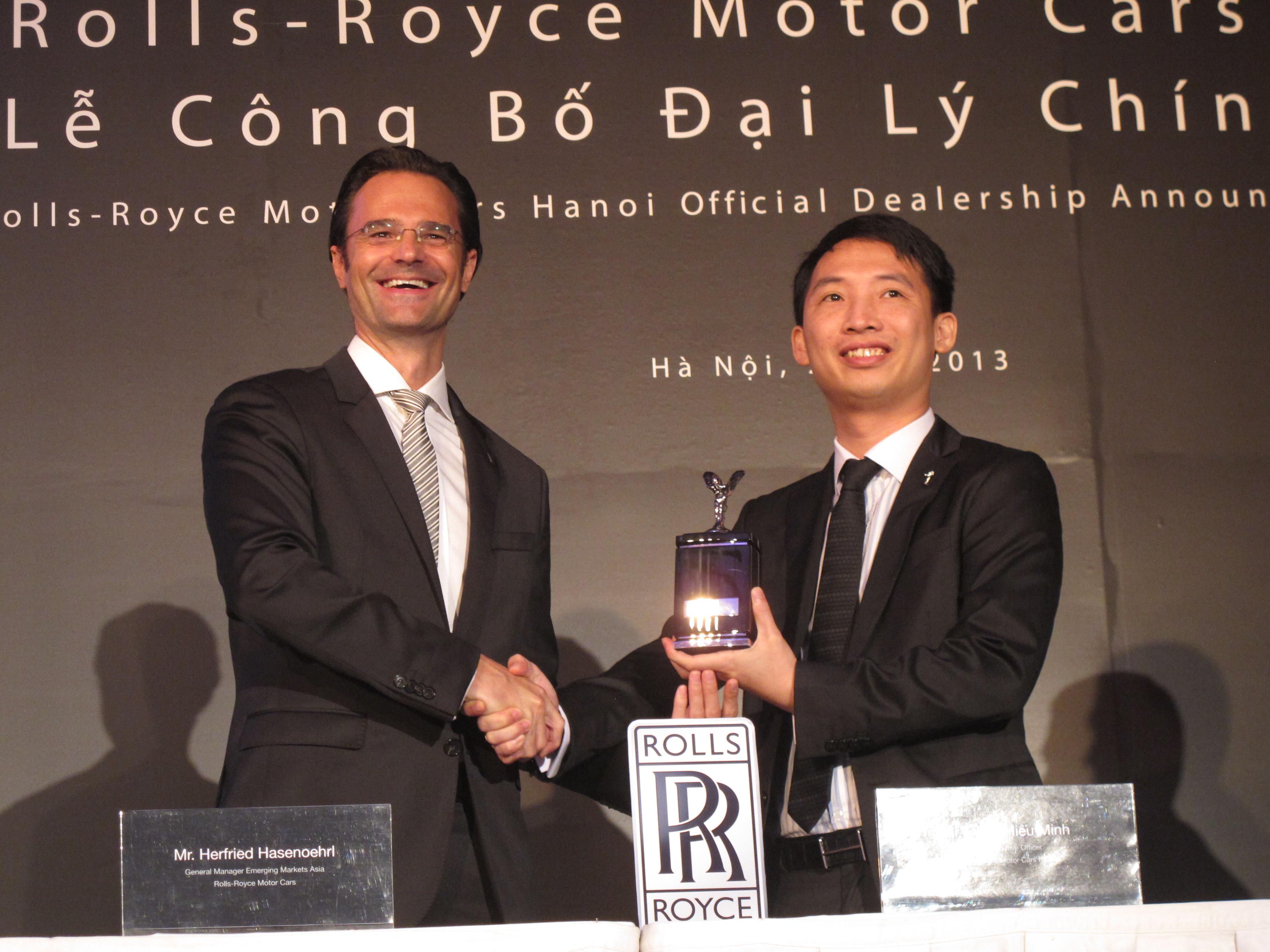 Rolls-Royce chính thức mở khu trưng bày xe tại khách sạn Melia Hà Nội
