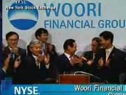 Tập đoàn tài chính lớn nhất Hàn Quốc bị chia nhỏ