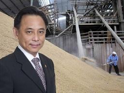 Bộ trưởng thương mại Thái Lan mất chức do chương trình tạm trữ gạo