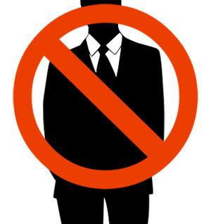 Đừng bao giờ mua bộ suit đầu tiên màu đen