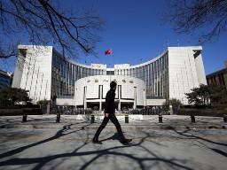 """""""Khủng hoảng tiền mặt Trung Quốc mới chỉ bắt đầu"""""""