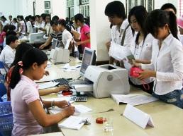 TPHCM đề nghị tăng học phí 3-4 lần, tăng viện phí 10%/năm