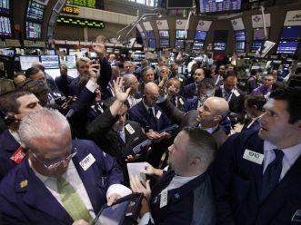 S&P 500 lên cao nhất 6 tuần do lạc quan vào lợi nhuận tập đoàn
