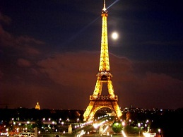 Nước Pháp khi những tượng đài sụp đổ