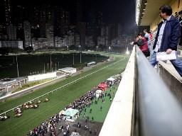Đua ngựa tại Hong Kong hút khách hơn các casino Las Vegas