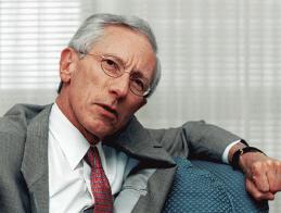Stan Fischer - Dấu gạch nối của 2 trường phái kinh tế
