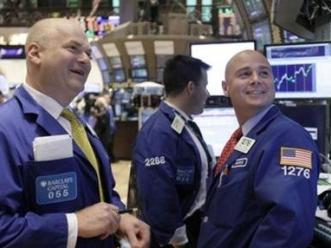S&P 500 tăng 4 tuần liên tiếp nhờ lợi nhuận doanh nghiệp