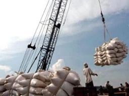 Giá gạo xuất khẩu tăng trở lại
