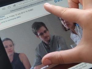 Snowden quyết định định cư và tìm việc làm tại Nga