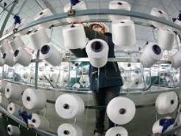 PMI sản xuất Trung Quốc thấp nhất 11 tháng