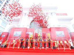 Vingroup khai trương Vincom Mega Mall Royal City
