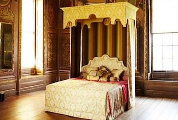 Royal Bed: Chiếc giường đắt nhất thế giới của đại gia Việt