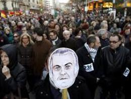 Tây Ban Nha biểu tình yêu cầu chính phủ từ chức