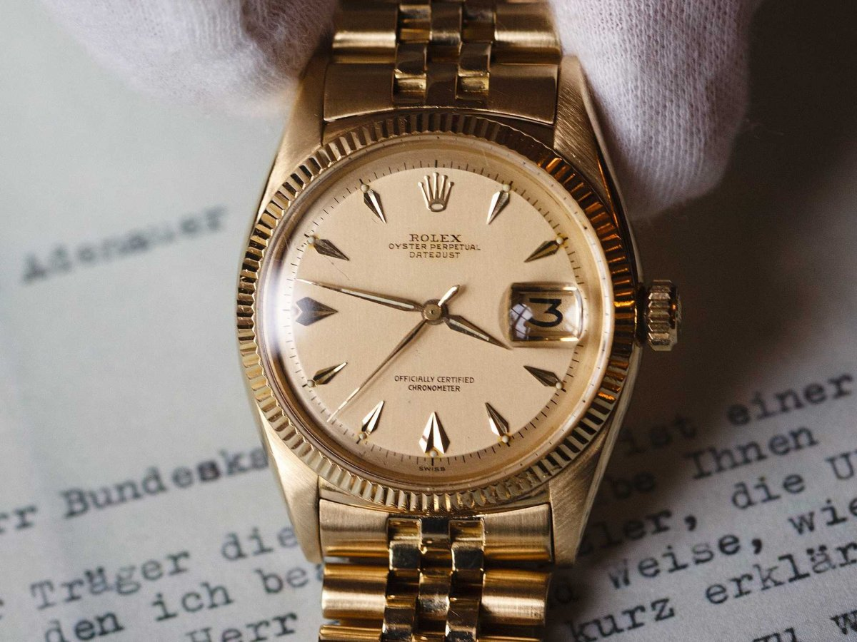 4 cách nhận biết đồng hồ Rolex giả