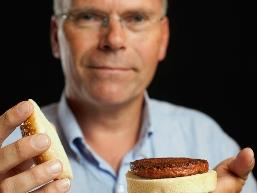 Thịt nhân tạo đầu tiên thế giới