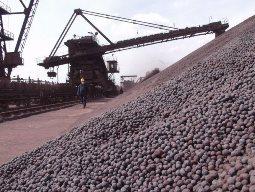Dự trữ quặng sắt nhập khẩu Trung Quốc giảm