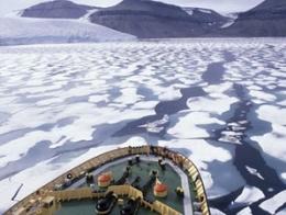 Tàu hàng Trung Quốc đi châu Âu bằng ngả Bắc Cực