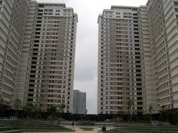 """Nhà """"giá mềm"""" đang cứu thị trường bất động sản"""