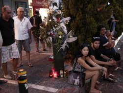 Hy Lạp: Cái chết của cậu bé 19 tuổi và sự sai lầm của chính sách thắt lưng buộc bụng