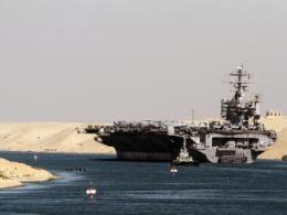 Tàu sân bay Mỹ đi qua Ai Cập giữa hỗn loạn