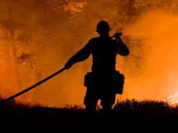 Cháy rừng lan rộng tại 11 bang miền Tây nước Mỹ