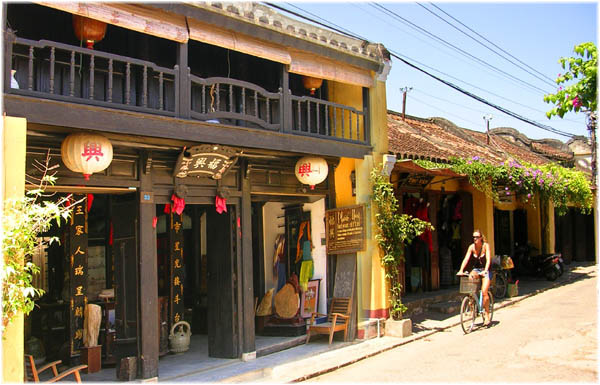 Đà Nẵng hình thành các tuyến phố chuyên doanh