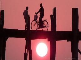 Đổ về Myanmar từ muôn nẻo đường