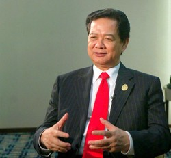 Thủ tướng Nguyễn Tấn Dũng trả lời phỏng vấn Đài THTƯ Trung Quốc